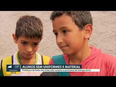 Alunos de Embu das Artes ainda não receberam uniformes e material escolar