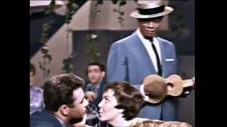 Nat 'King' Cole - Those Lazy Hazy Crazy Days Of Summer