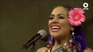 Conversando con Cristina Pacheco - Lila Downs