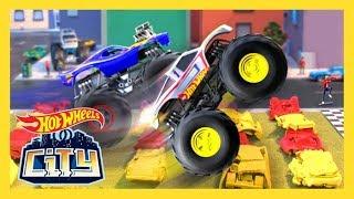 MONSTER TRUCK TAKEOVER! | Hot Wheels City: Season 3 | Episode 5