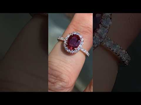 eng481b set with an oval Ruby Sapphire
