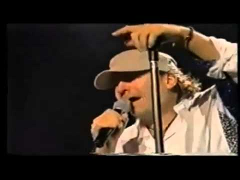, title : 'Vasco Rossi - Iive in Modena 2001 - Standing ovation'
