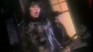 Joan Jett and the Blackhearts- I want you LYRICS on screen