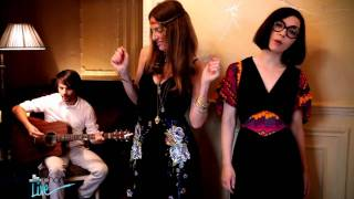 Brigitte - 'Battez-Vous' en concert privé - Pure Charts Live