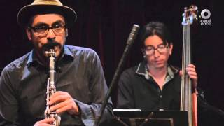 Acústicos C11 - Polka Madre