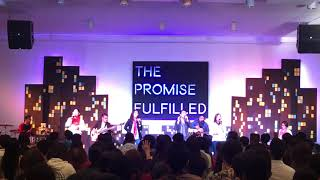 O Holy Night/ Oh Come Let Us Adore Him (Victory Lipa Sunday Worship Service)