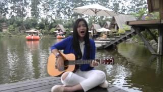 Utopia  Hujan (cover By Kiani)