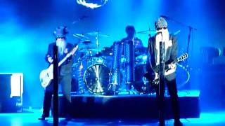 ZZ Top - Waitin' for the bus - Jesus Just Left Chicago