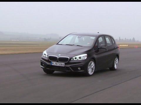 BMW 218i Active Tourer: Was kann der Dreizylinder? - Die Tester   auto motor und sport