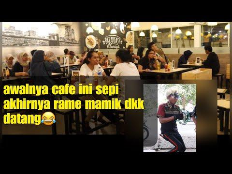 """, title : 'Awalnya cafe ini sepi tiba"""" wok wok & alay datang auto rame dan penuh manusia😂😱❗️❗️'"""