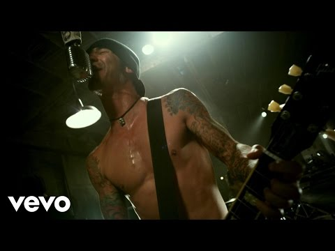 Godsmack - Cryin' Like A Bitch!! online metal music video by GODSMACK