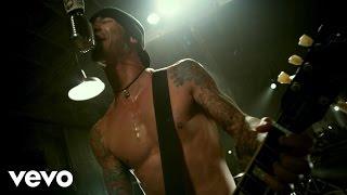 Cryin' Like A Bitch - Godsmack  (Video)