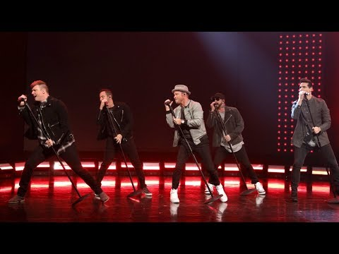 Backstreet Boys Light Up the Stage with 'Don't Go Breaking My Heart'