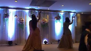 Bride And Her Sis | Rocking The Stage | O Meri Mummy Nu pasand ni tu