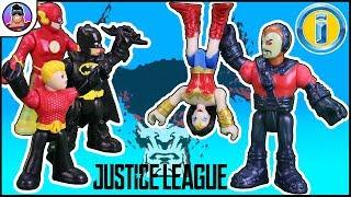 Imaginext Steppenwolf battles against the Justice League! Hero Accessories Battle!