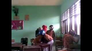 preview picture of video 'Harlem Shake Mtsn Tanjung Selor 04'