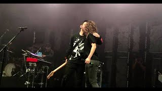 Mike Shinoda   Make It Up As I Go Feat. LENNY Live In Prague 2019