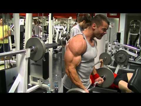 Ćwiczenia z ciężarkami dla mięśni nóg