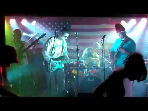 Recalcitrant   (Halloween Jam/Howie)  Live @ Donovans Reef 2011