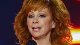 Reba's One-Liner At The CMA Awards Is Raising Eyebrows