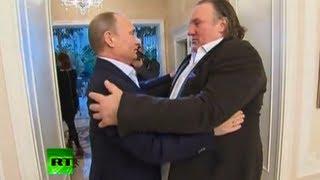 Путин вручил Депардье российский паспорт
