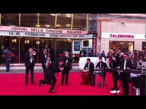 Nientedimeno swing band una Swing band  travolgente!! Napoli musiqua.it