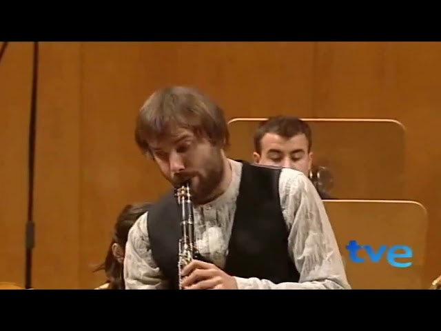 Mozart: Finale from Clarinet Concerto