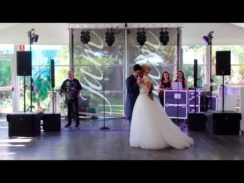 Sin ensayos y sin planear nada: El Baile de Boda improvisado de Vanessa y Adrián
