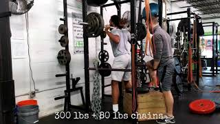 College Football Athlete Squatting 300 lbs + 80 lbs Chains