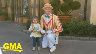 2-year-old wows crowd dancing with 'Mary Poppins' character Bert at Disney World