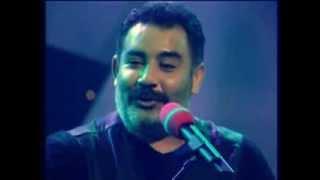 Ahmet Kaya'nın Sürgünde Verdiği Med Tv Konserinden Çok Özel Görüntüler