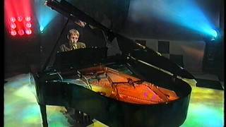 Neil Hannon, The Divine Comedy, Dear Lord And Father Of Mankind on BBC Across The Line 1998.MPG