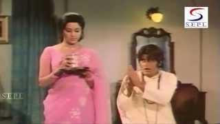 Hema Malini Blackmailing Manoj Kumar - Comedy Scene