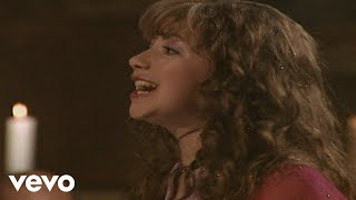 Charlotte Church - Hark! The Herald Angels Sing (Dormition Abbey 2000)