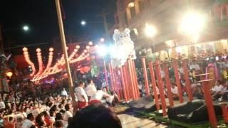 สิงโตกว๋องสิวขึ้นโต๊ะดอกเหมยคืนวันชิวซา งาน101ปีตรุษจีนปากน้ำโพ