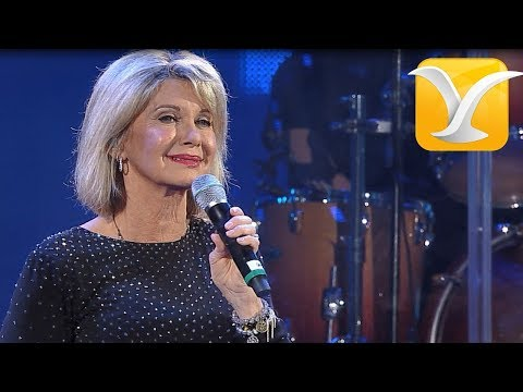 Olivia Newton-John - I Honestly Love You - Festival de Viña del Mar 2017 HD 1080P