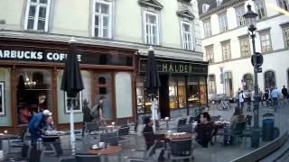 preview picture of video 'Vienna Streets - Citybus 1A - Schottentor bis Stephansplatz'