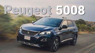Peugeot 5008 -  Lujosamente atractiva  y bien equipada