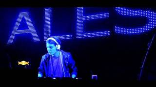 Alesso -- Raise Your Head (Preview)