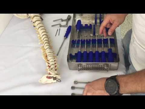 Rückenschmerzen mit einem Springseil