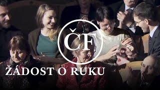 Žádost o ruku na koncertě České filharmonie