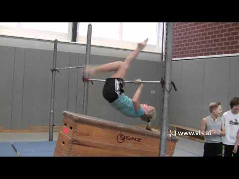 Die Öbungen für den Rücken beim Haltungsverfall bei den Kindern