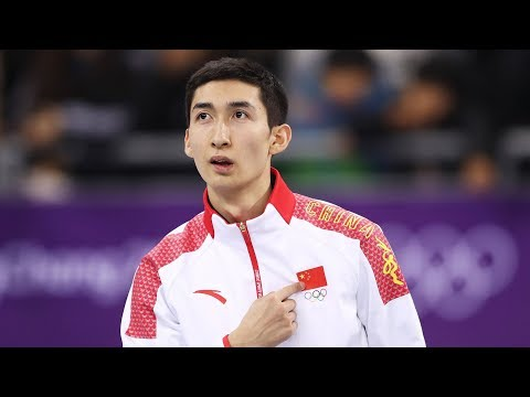 Speed skater Wu Dajing wins China's first gold with world record