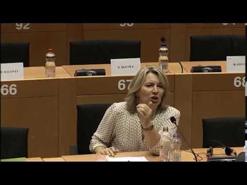 """Morvai beolvasott - Magyarország és Lengyelország a """"brüsszeli vádlottak padján"""" letöltés"""