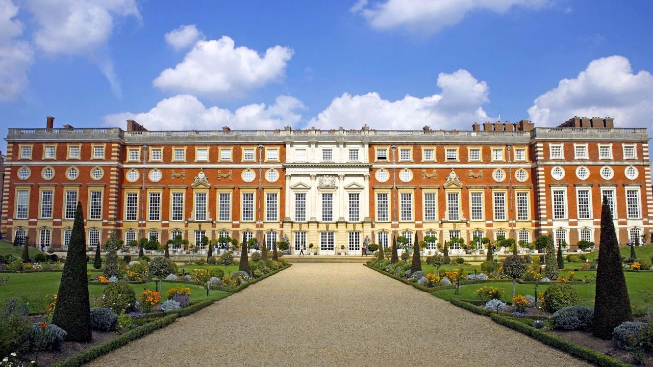 Hampton Court Palace, United Kingdom, England