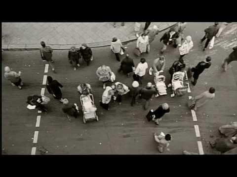 Video trailer för Der Himmel über Berlin (AKA Wings of Desire) (1987) Trailer
