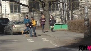 Уличная драка / Beating on the Street Prank