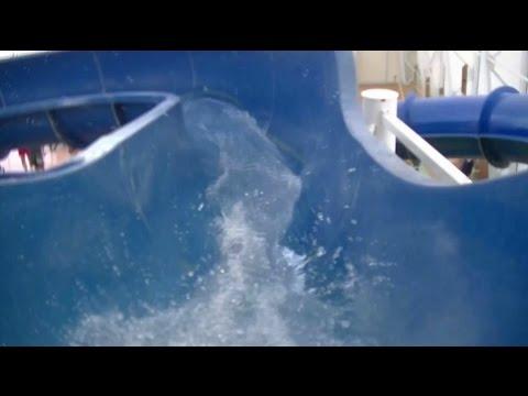 water slide at the americana hotel waterpark in niagara fall