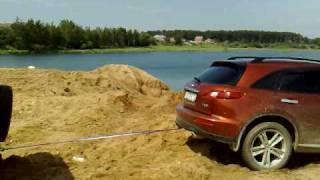 УАЗ 469 вытаскивает Инфинити 13.06.2009