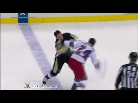 Mike Comrie vs. Ryan Callahan
